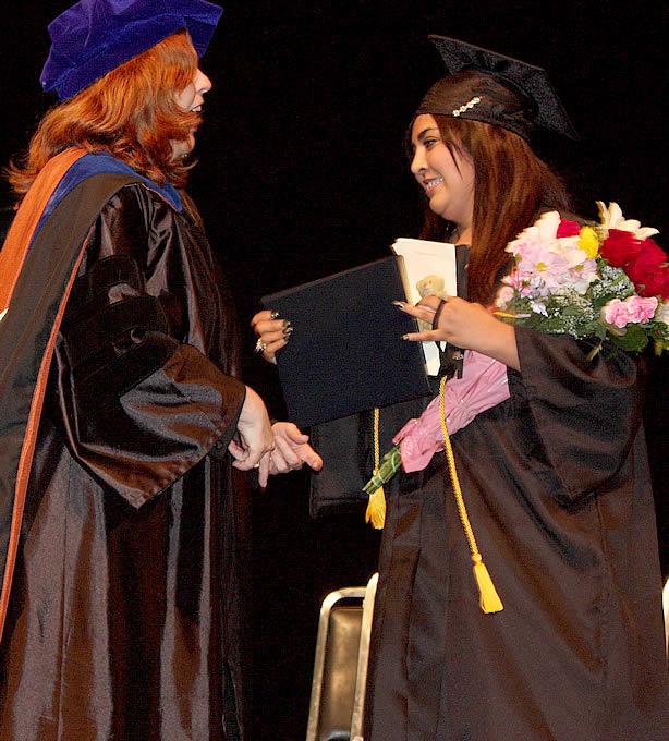 105_grad2012_congrats15