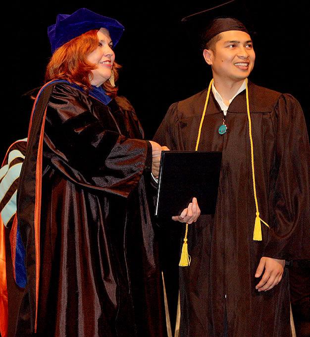 93_grad2012_congrats10