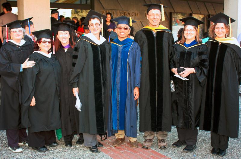 56_grad2013_facultygroup