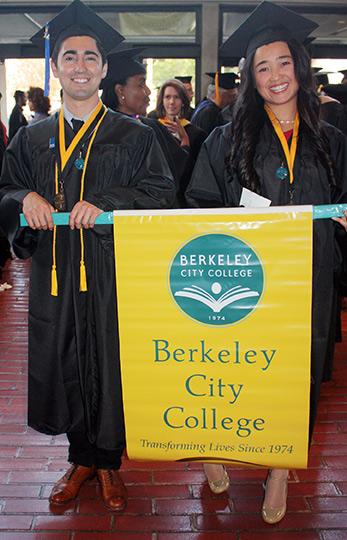 2015 Graduates holding BCC banner